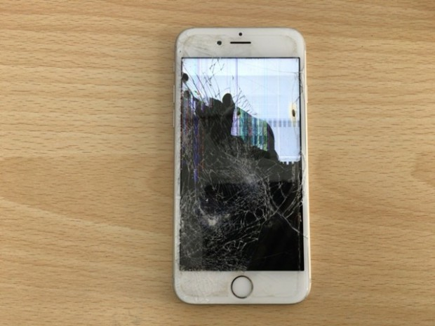 iPhone 6の液晶不良 Before